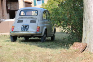 Oude Fiat van de tuinman | Vakantiewoning Casa Cipresse