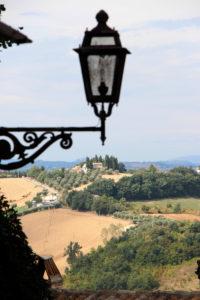 Doorkijkje vanuit eht dorp | Vakantiewoning Casa Cipresse