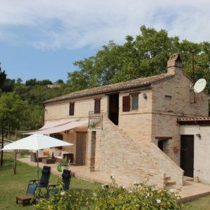 De vakantiewoning in Montottone | Vakantiewoning Casa Cipresse