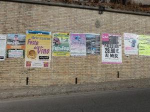 Aanplakbiljetten van de feesten | Vakantiewoning Casa Cipresse