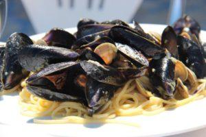 Spaghetti cozze e vongole | Vakantiewoning Casa Cipresse
